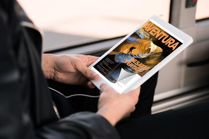 Page turning effect in PDF on the tablet using the example of Aventura Magazin